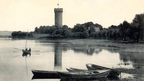 """Galeria dla Wystawa """"Zamek w Świeciu na starej fotografii"""""""
