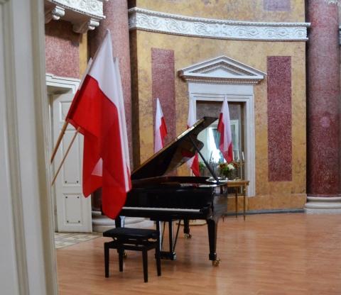 Galeria dla Koncert Nadzwyczajny z okazji Rocznicy Uchwalenia Konstytucji 3 Maja