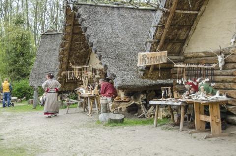 Galeria dla Archeologiczna Wiosna